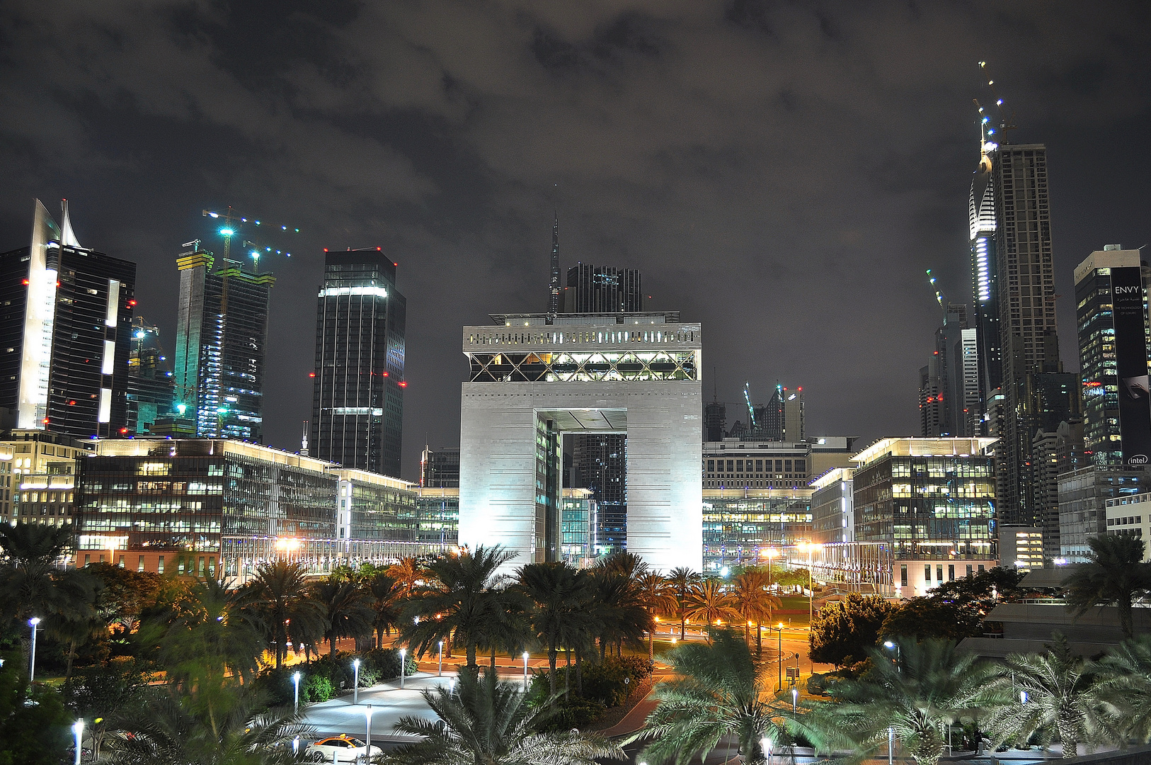 Financial Center Dubai - Sheikh Zayed Road
