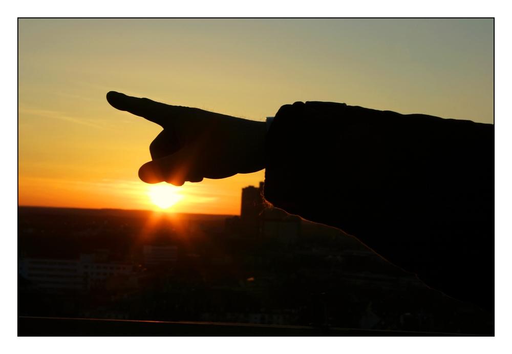 - Finger -