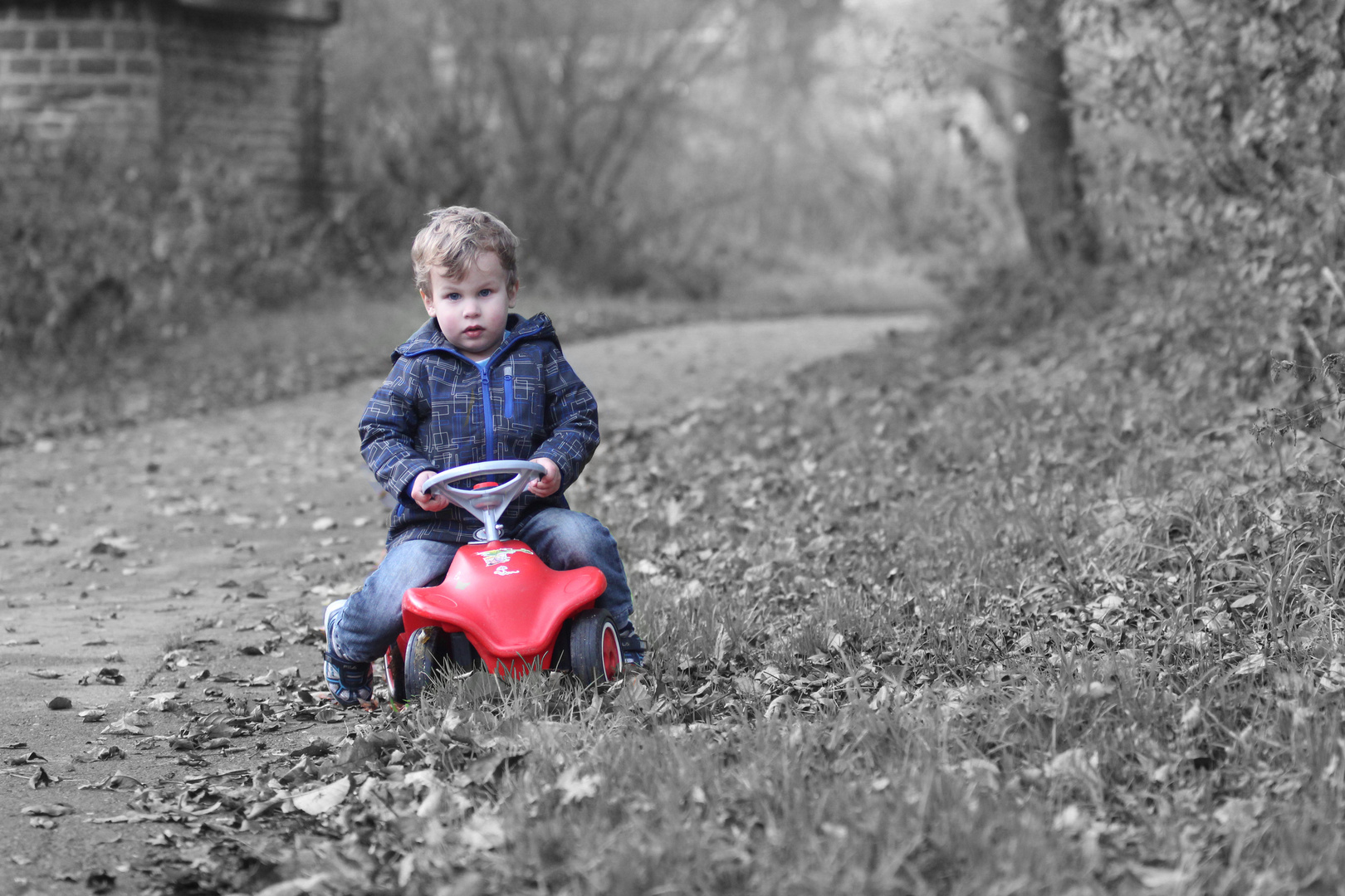 Finn-Luca und sein Bobby-Car