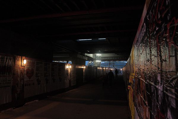 Finstre Gänge unterm Ostkreuz