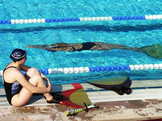 Finswimming V