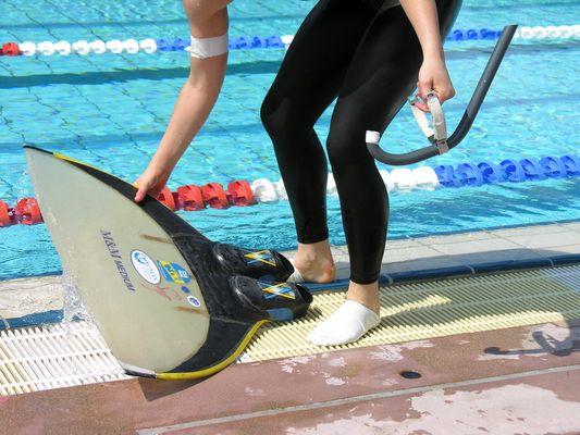 Finswimming VI