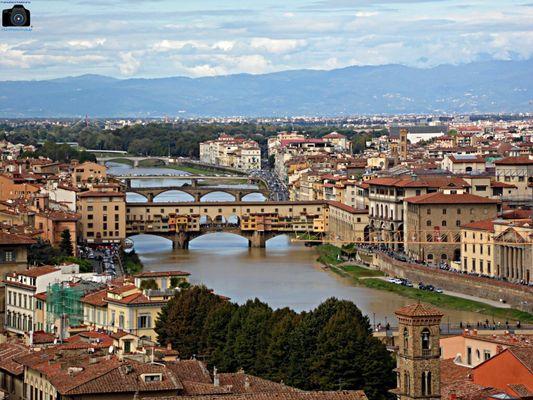 Firenze attraversata dall'Arno
