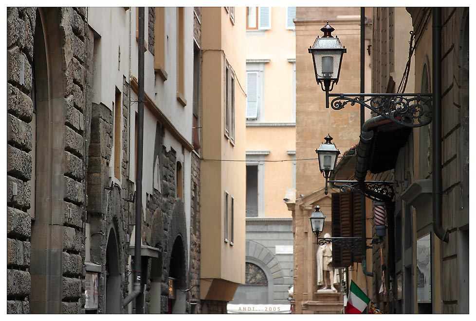 . . . Firenze downtown . . .