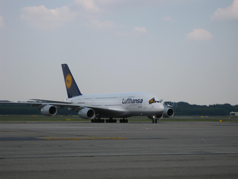 First A380 at Milano_Malpensa (MXP)