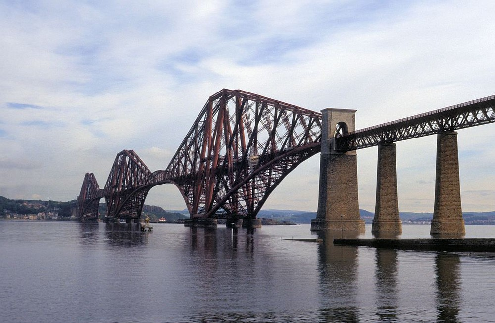 Firth of Forth Bridge / Queensferry