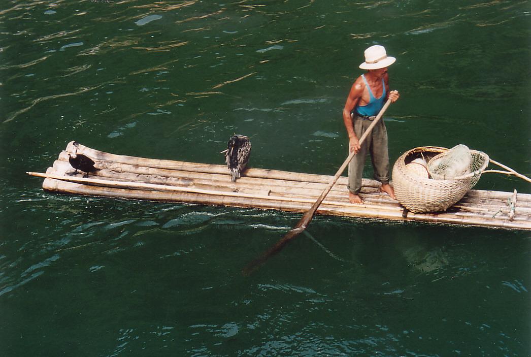 Fischer auf dem Li-Fluss