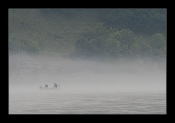 Fischer im Nebel