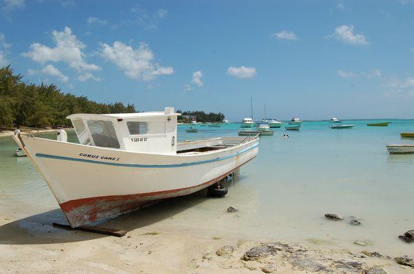 Fischerboot am Cap Malheureux