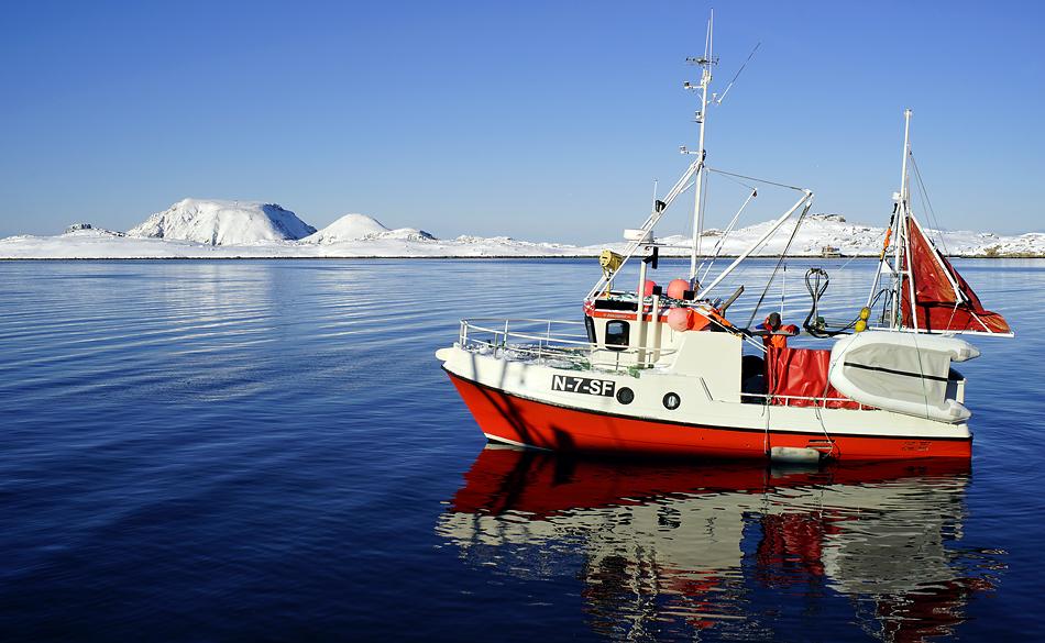Fischerboot Impression – Unterwegs zum Nordkapp im Winter –