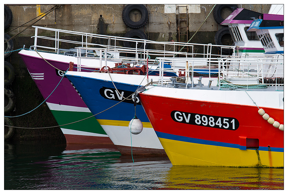 Fischerboote im Hafen Lechiagat