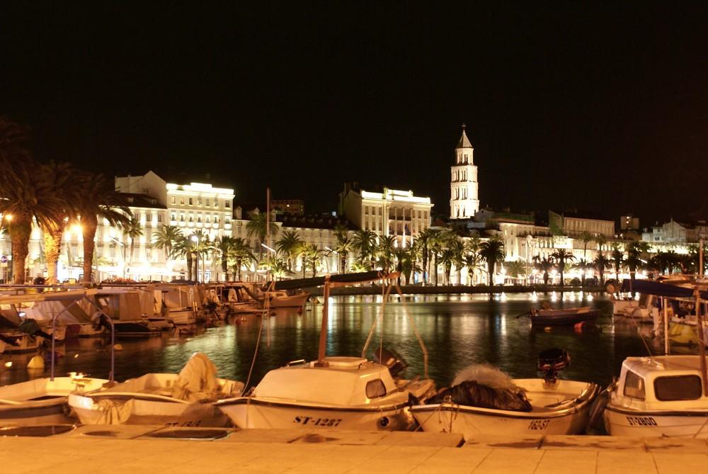 Fischerboote Stadthafen Split