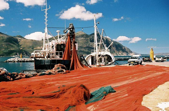 Fischernetze trocknen am Houte Bay, RSA