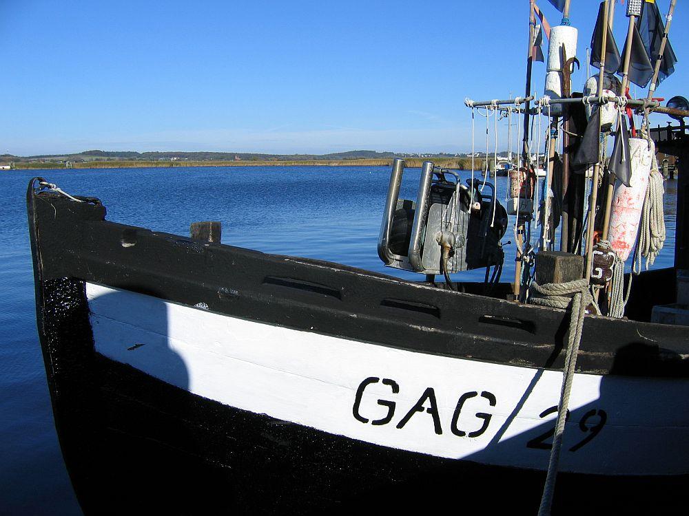 Fischkutter im Hafen von Gager/Rügen