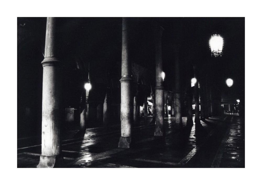 Fischmarkt in Venedig bei Nacht