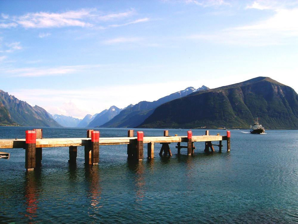 Fjordfähre ... eine von tausend.