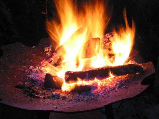 flackerndes Feuer