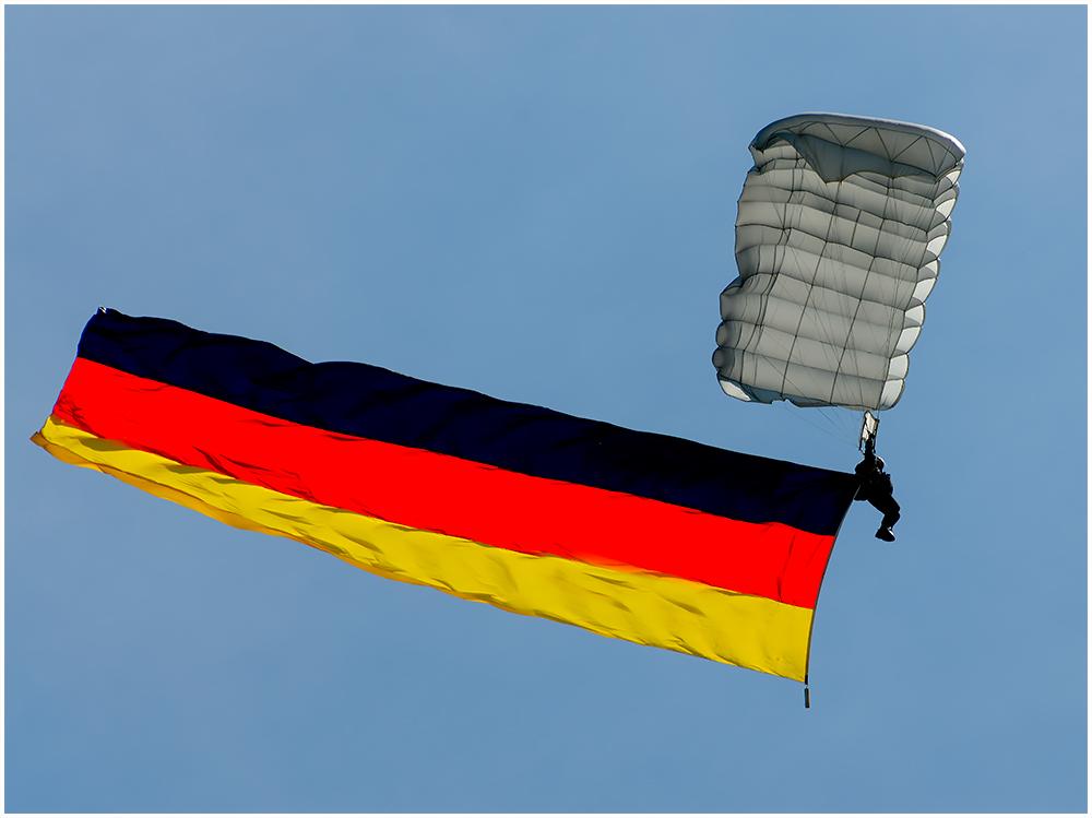 Flaggenparade