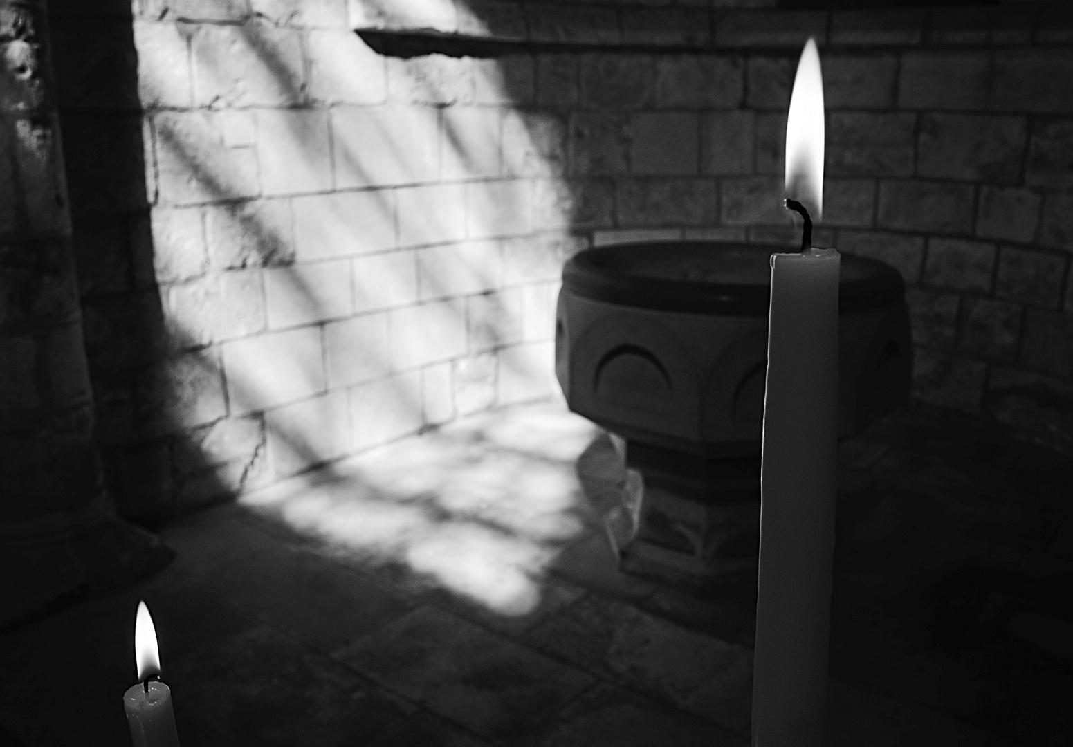 Flamme divine, abbaye de Saint Benoit