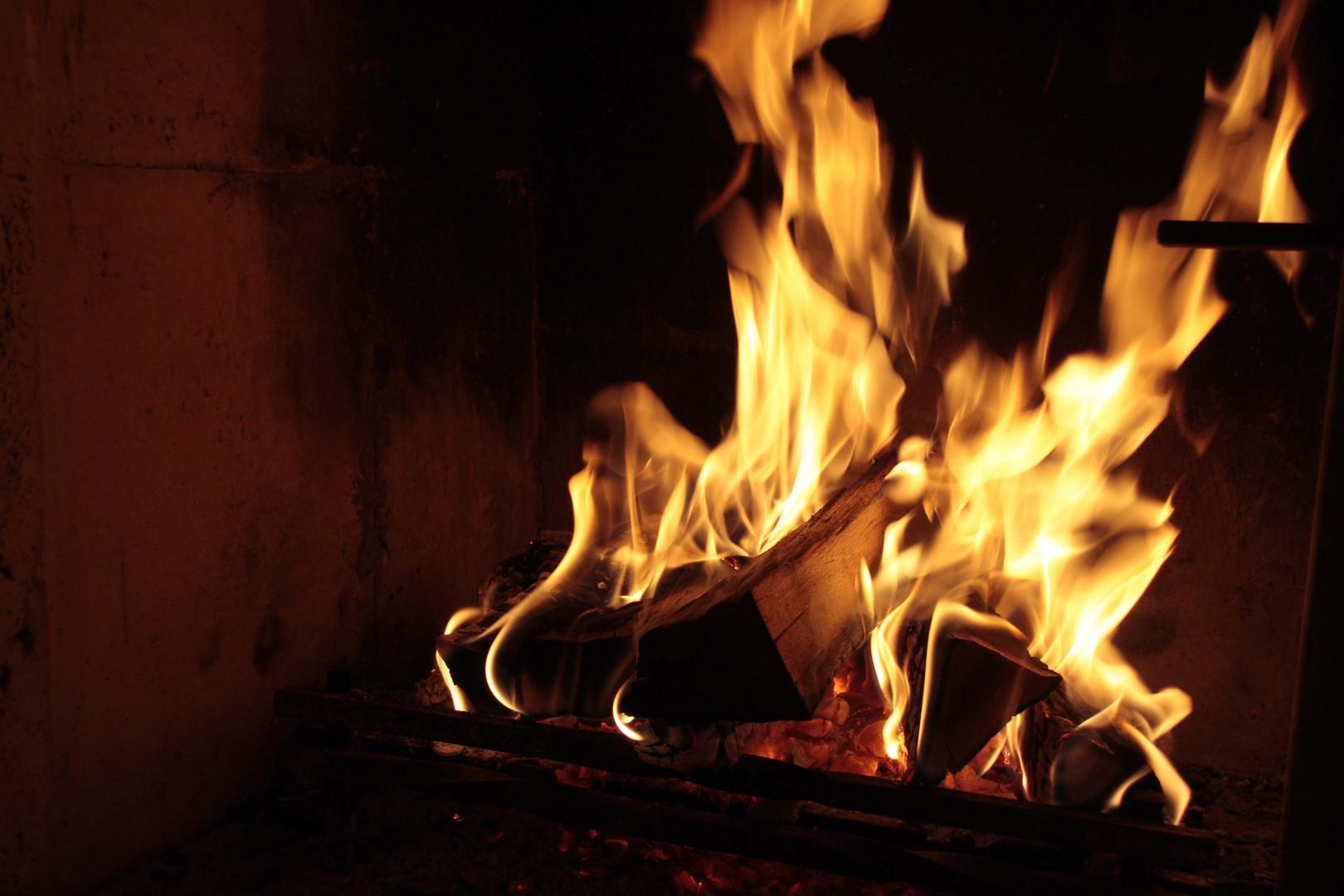 Flamme empor