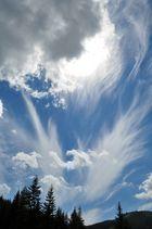 Flammen-Wolken