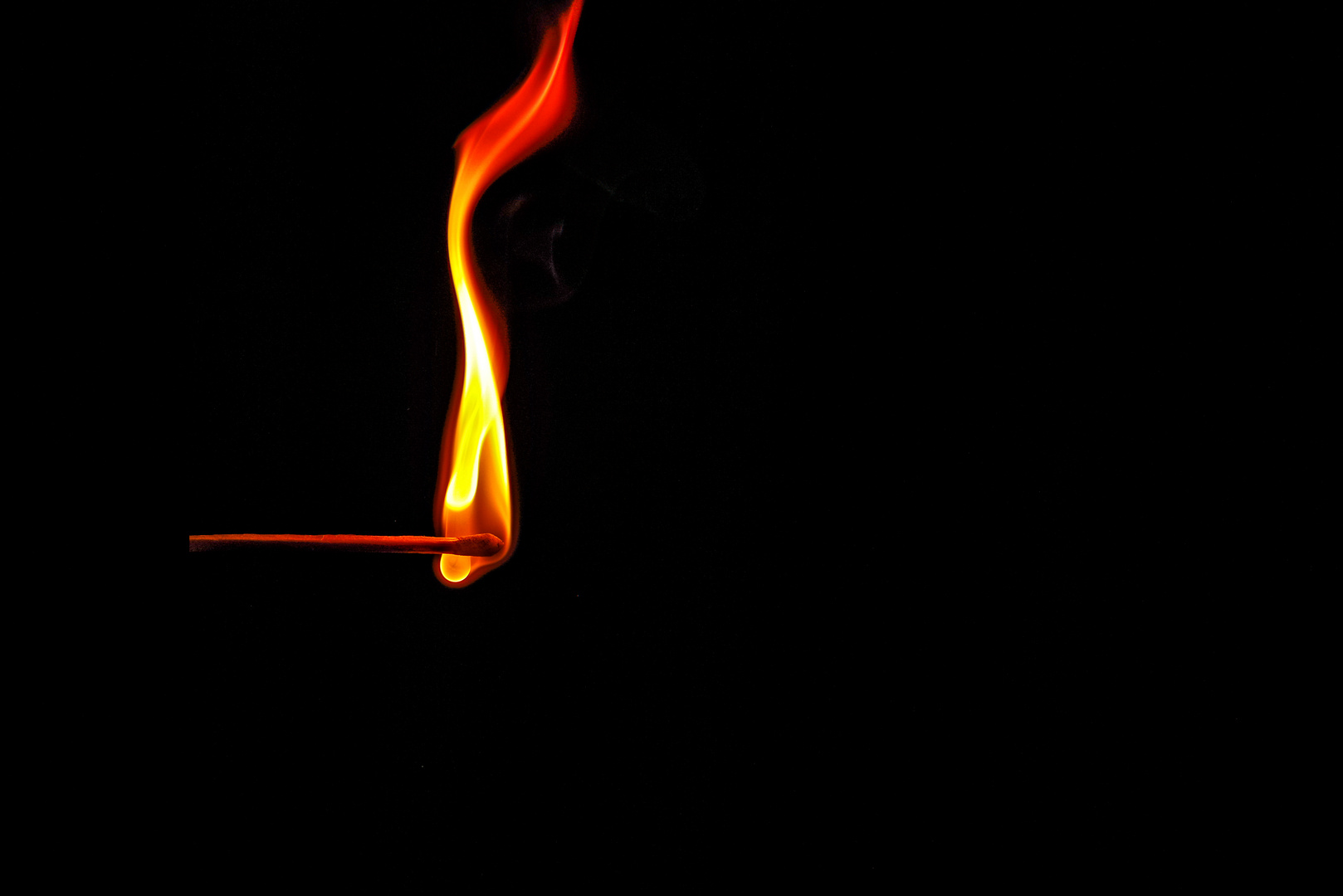 Flammenfigur eines Streichholzes_1