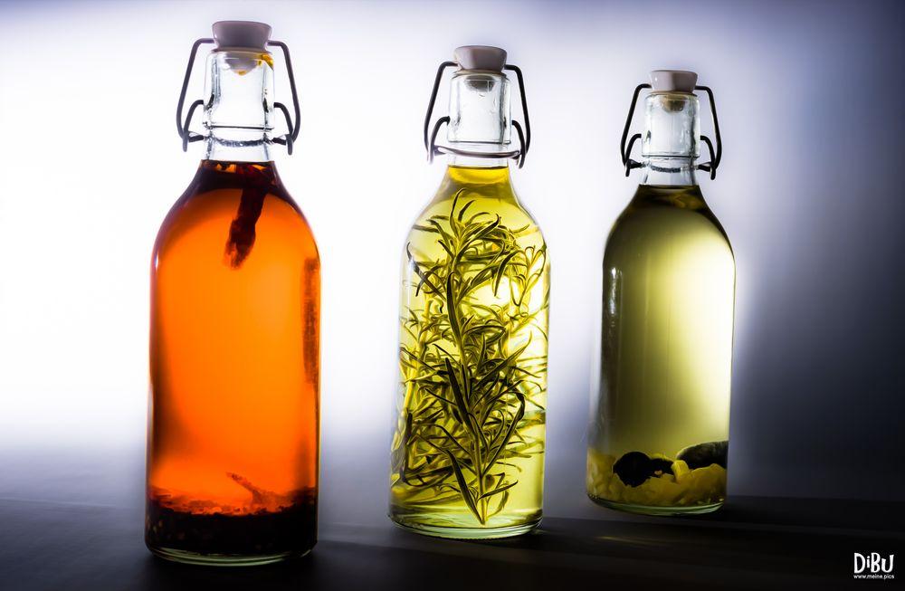Flaschen in Öl 2
