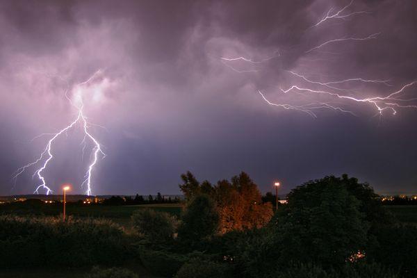 flash lightning