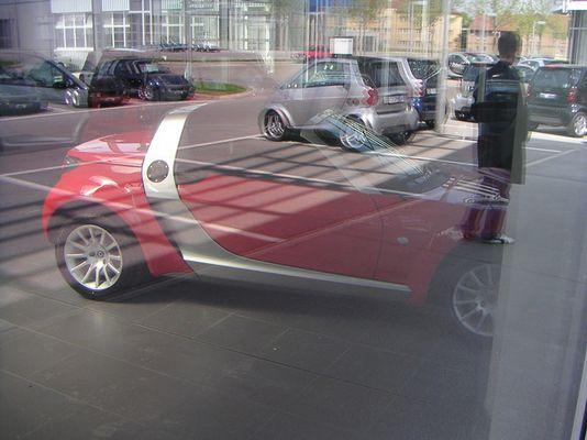 Flashhhh smart roadster!