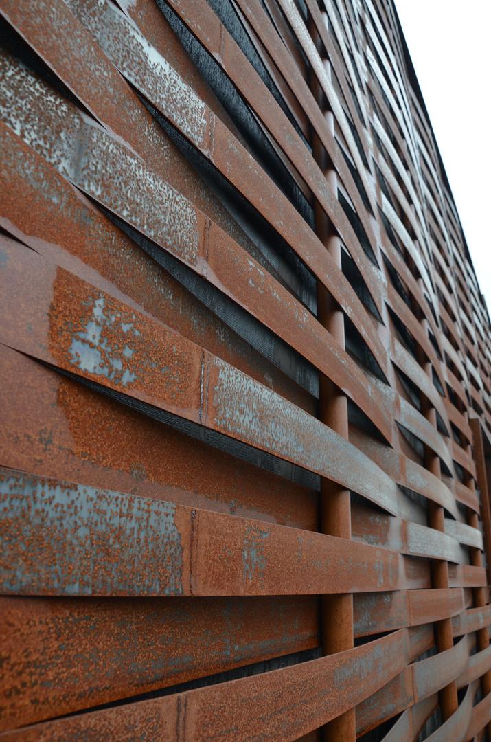 Flechtwerk am Kunsthaus Grenchen