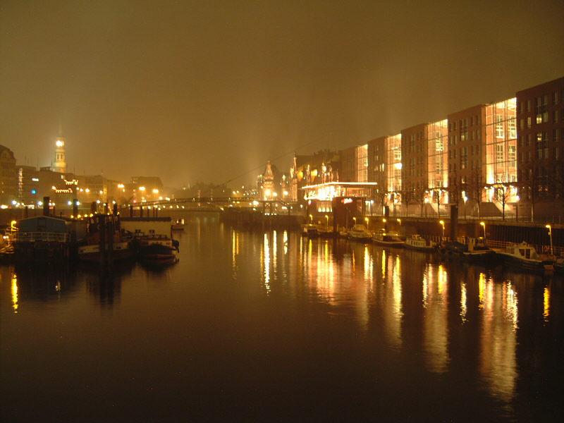 Fleet bei Nacht