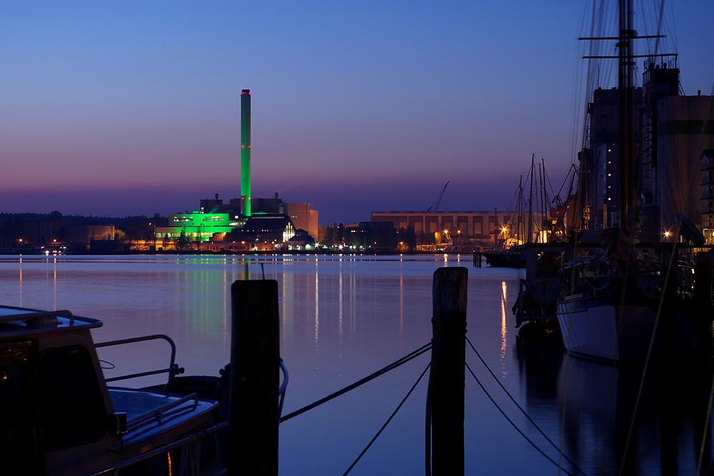 Flensburg bei Nacht - 1