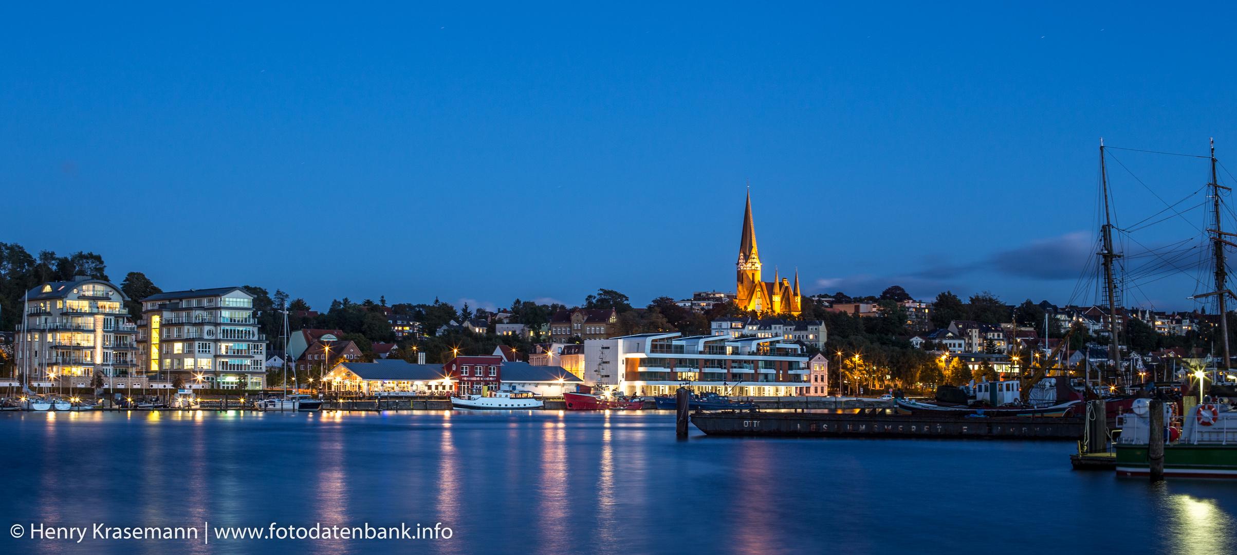 Flensburger Förde bei anbrechender Nacht