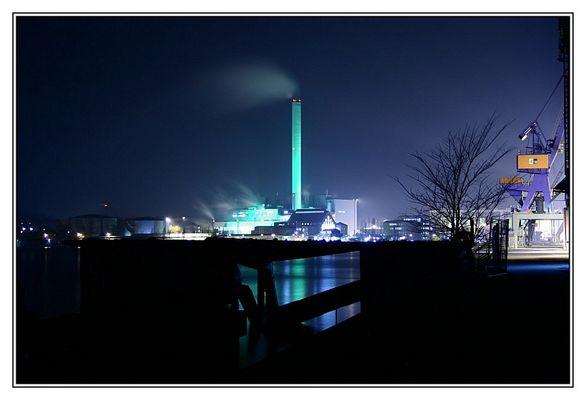 Flensburger Hafen bei Nacht 3