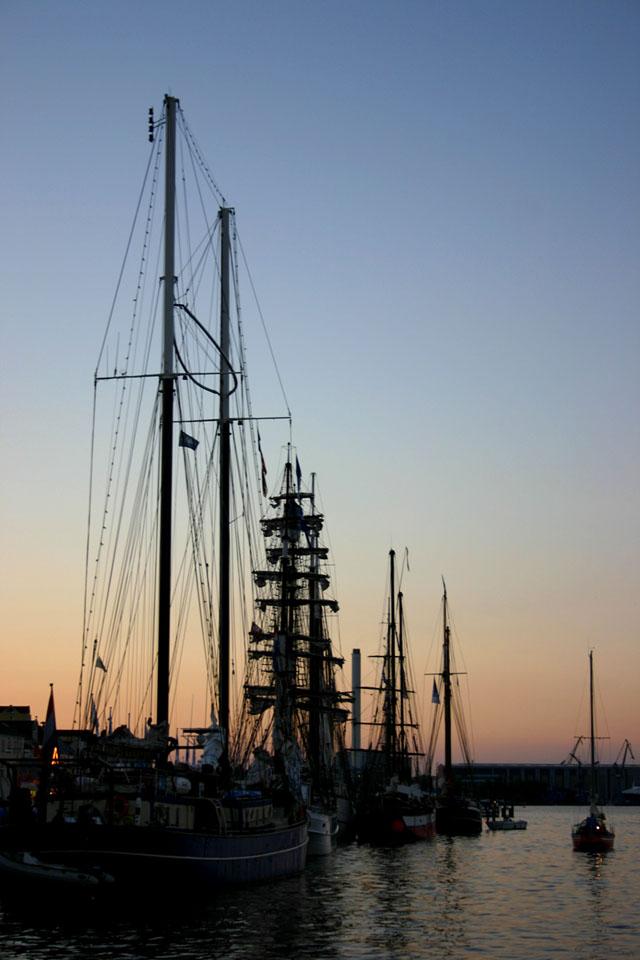 Flensburger Hafen in der Dämmerung