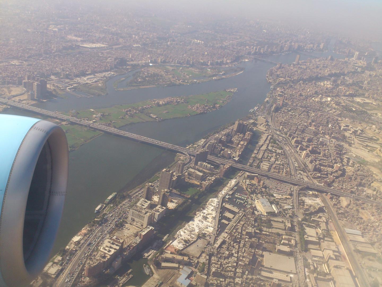 Fliegen über Kairo