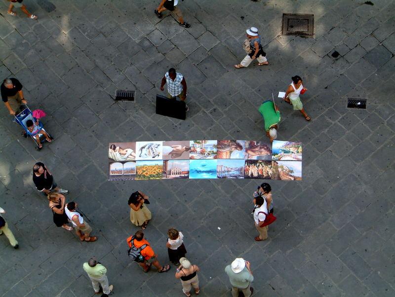 Fliegende Händler auf der Piazza degli Uffizi (Florenz)
