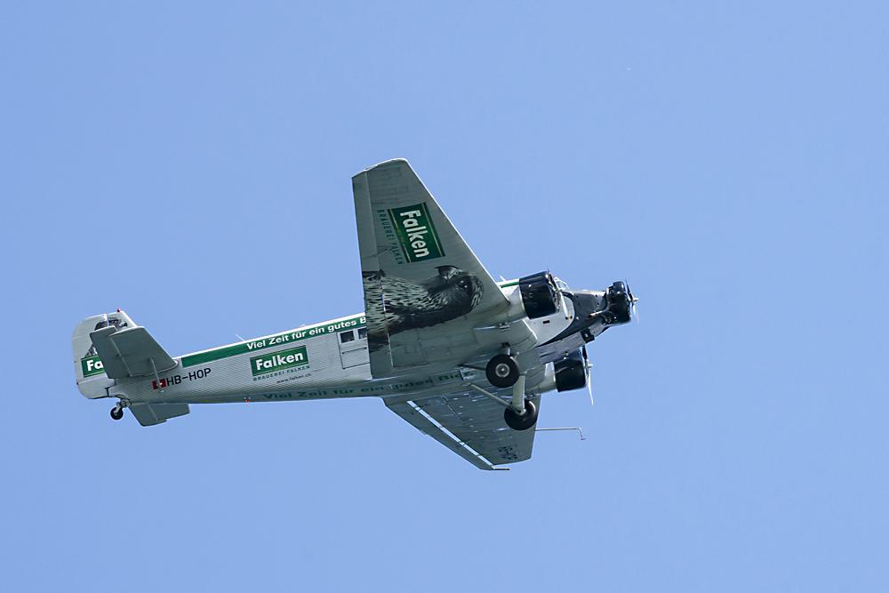 Fliegende Litfasssäule Ju-52