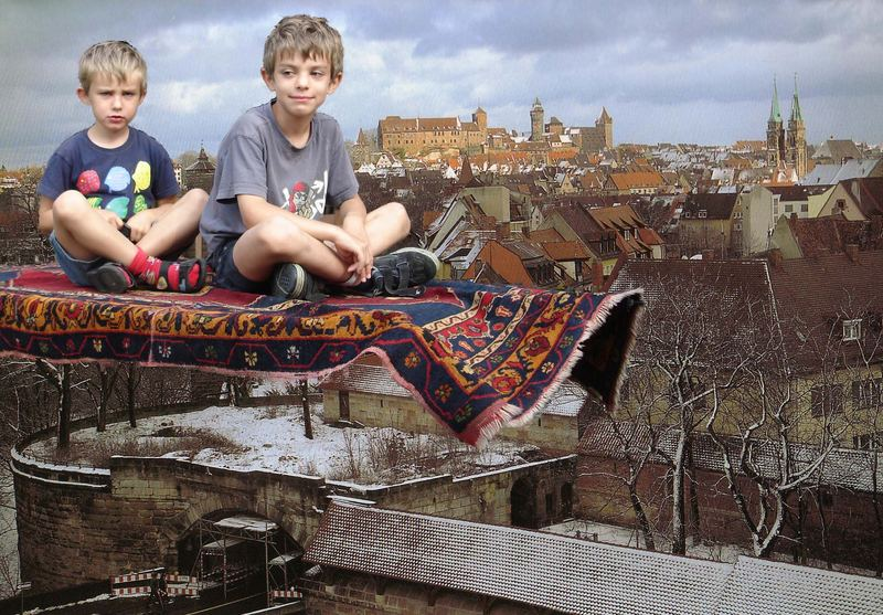 fliegender teppich foto bild kinder kinder ab 2 menschen bilder auf fotocommunity. Black Bedroom Furniture Sets. Home Design Ideas