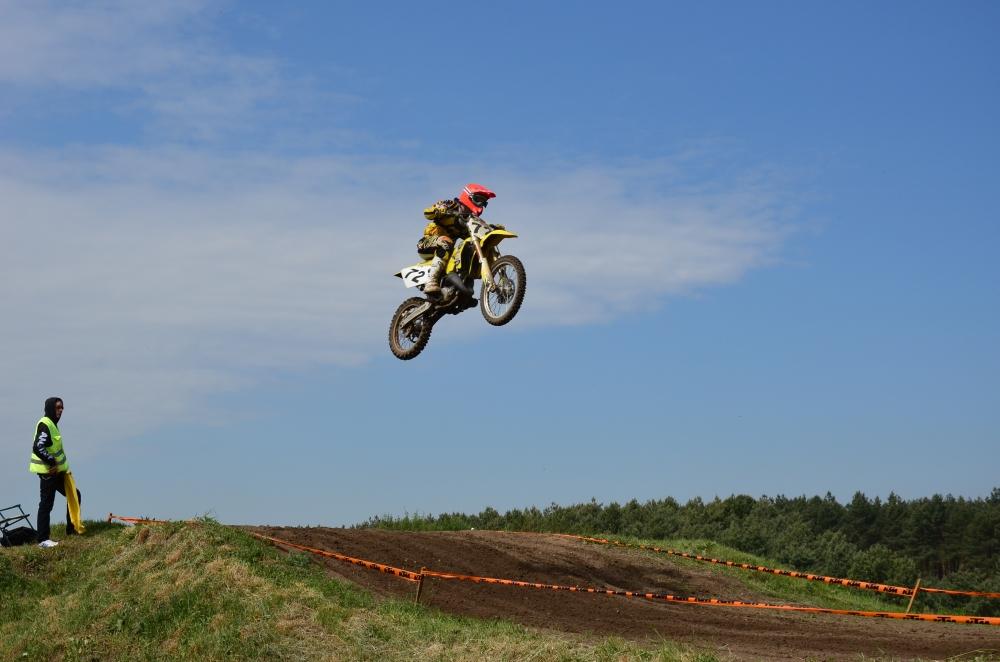 fliegendes Crossbike