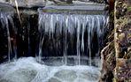 fliessendes kaltes Wasser