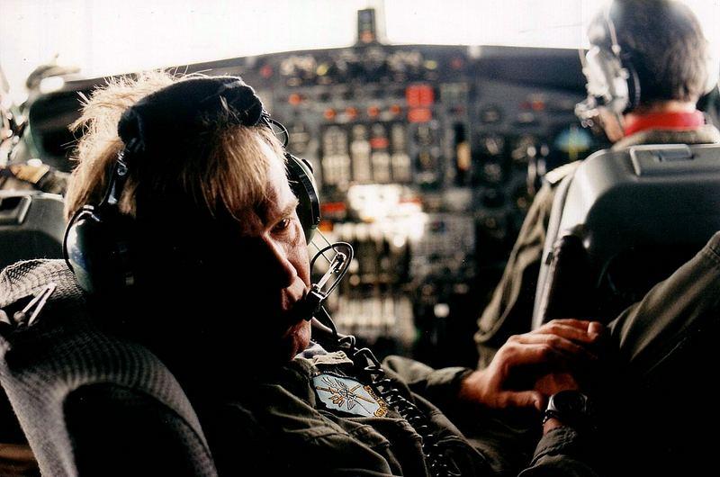 """""""Flight-Engineer""""..."""
