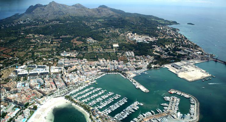 Flight over Port of Alcudia