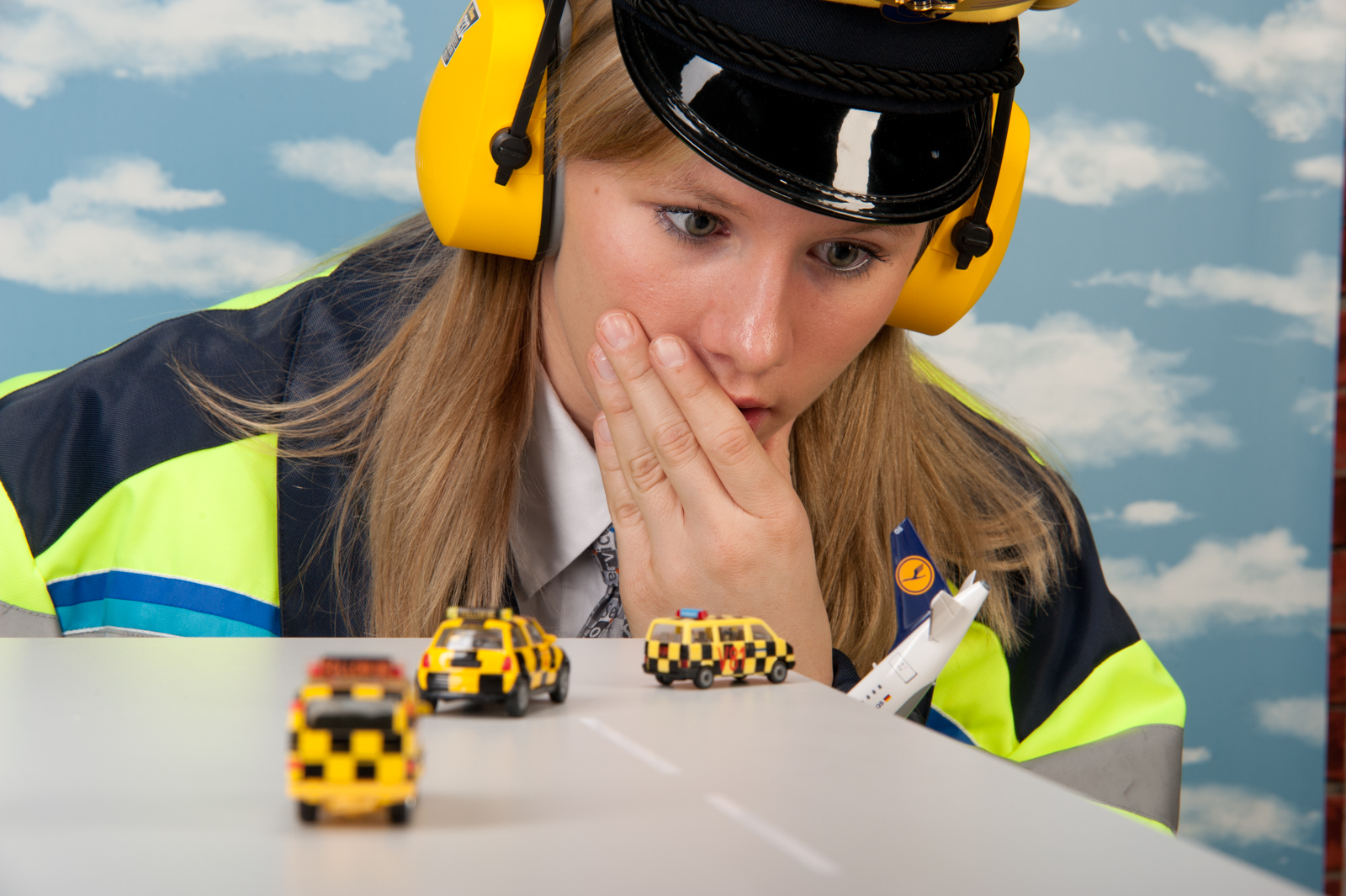 Flightcontrollergirl 5