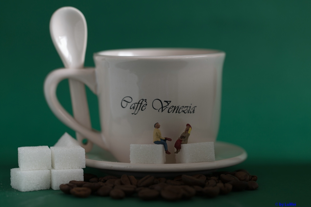 Flirten bei einer Tasse Kaffee