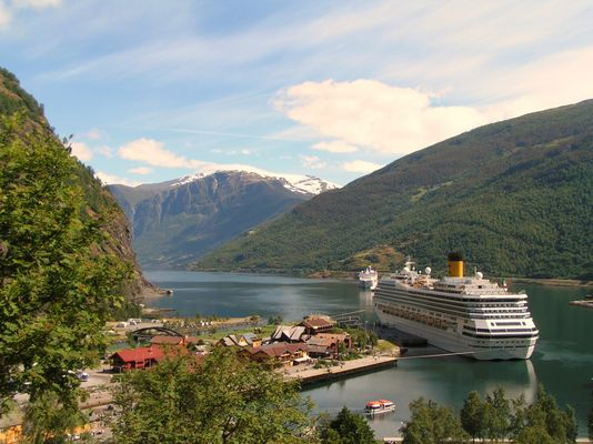 Flåm am Aurlandsfjord.