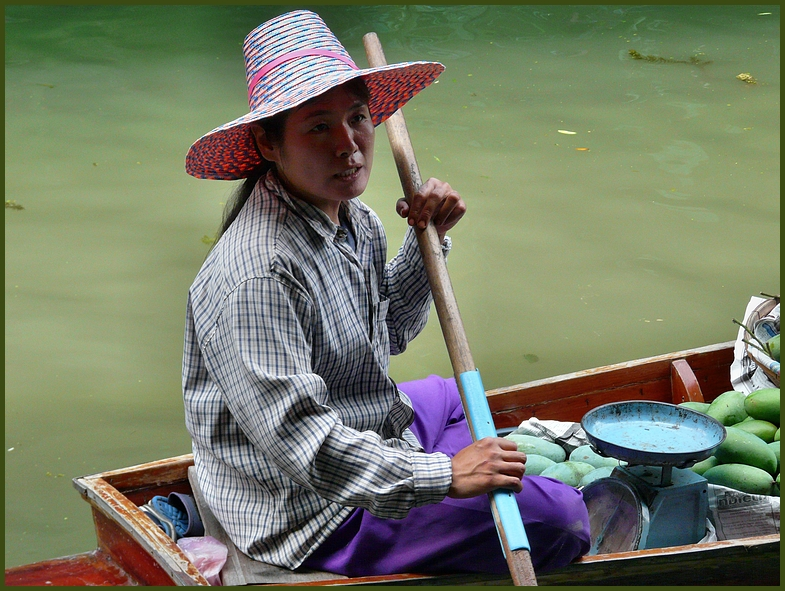 Floating Market in Thailand 1