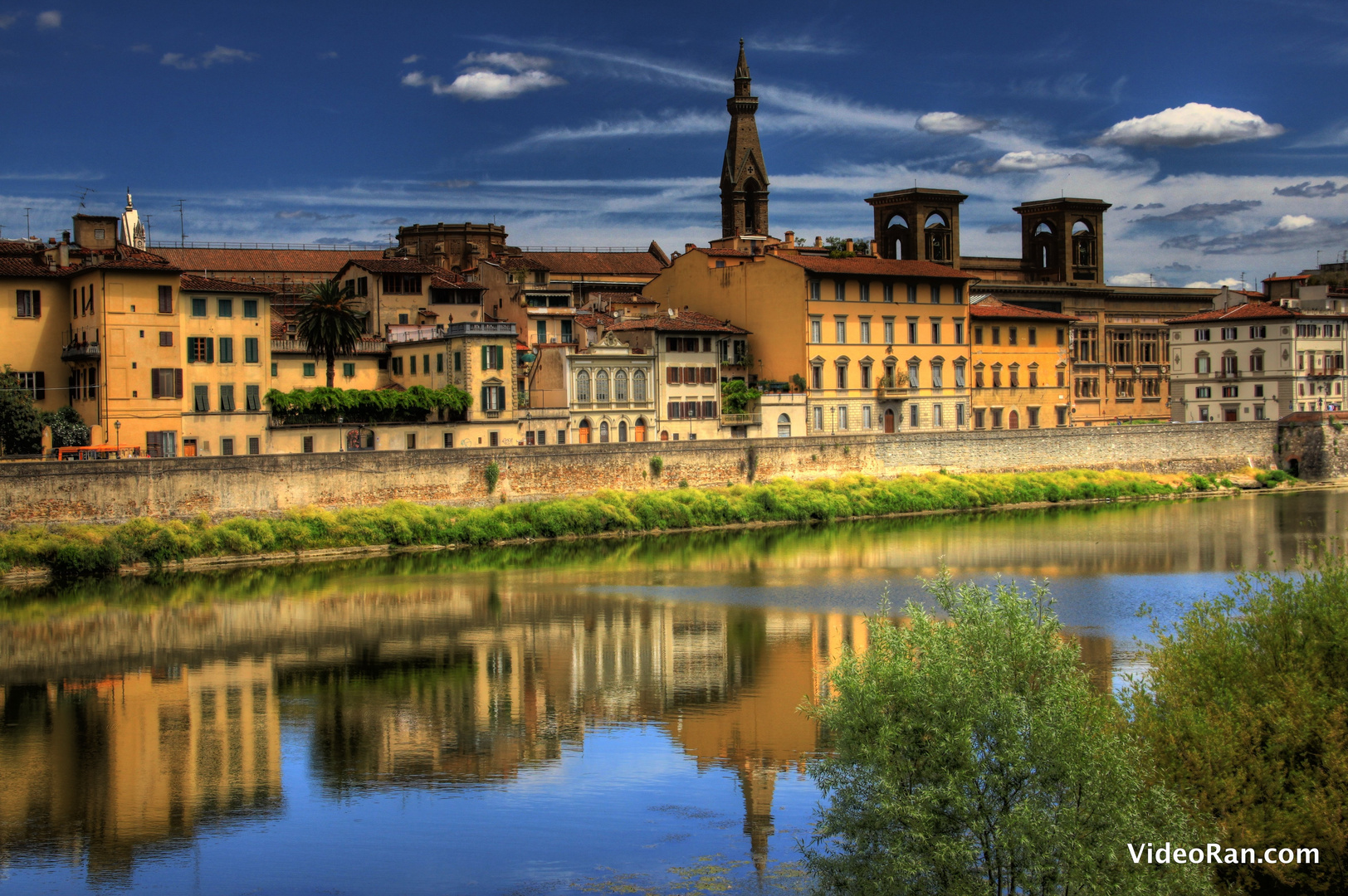 Florenz - Fluss Arno HDR