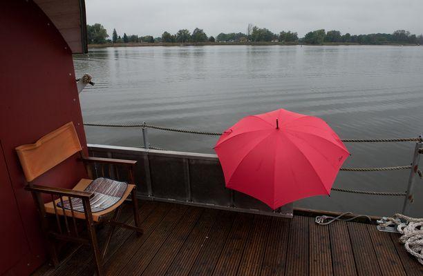 Floßfahrt mit Parapluie,