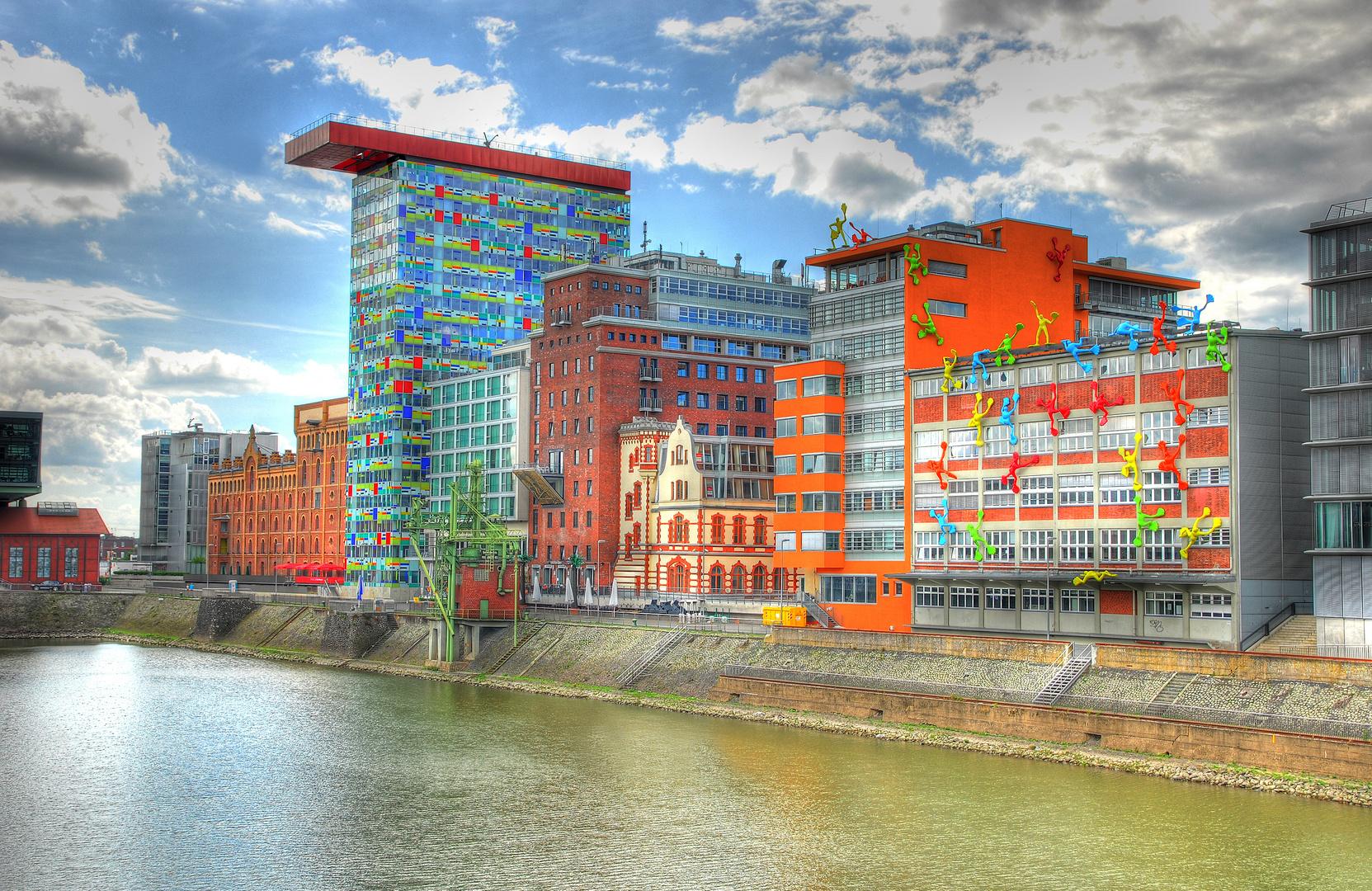 Flossies im duesseldorfer hafen foto bild architektur d sseldorf leinwand bilder auf - Dusseldorf bilder auf leinwand ...